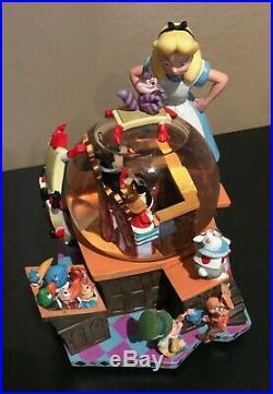 Alice in Wonderland'The Trial' Snow Globe Musical Walt Disney 2001 50th Anniver