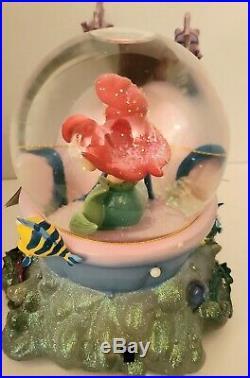 Ariel little mermaid with Seahorses Musical Snow Globe Disney New
