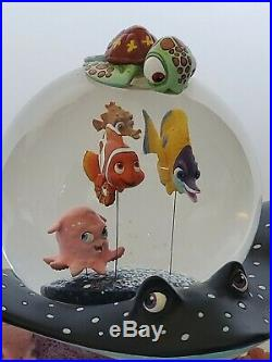 Disney 2003 Finding Nemo Coral Reef Musical Snow Globe #95526 Over The Waves