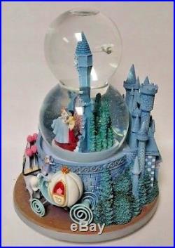 Disney Cinderella Wedding Edition Castle W Double Musical Snow Globe Rare HTF
