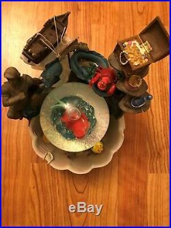Disney LITTLE MERMAID Ariel Snow Globe Musical Snow Globe Fountain Figurine