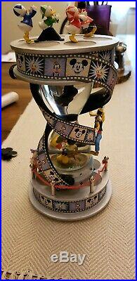 Disney Mickey & His Friends Make A Movie Light Up Musical Snow Globe Works Great