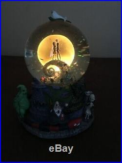 Disney Nightmare before christmas Musical Snow Globe
