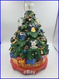 Disney Our Family Tree A Holiday Christmas Celebration Musical Snow Globe