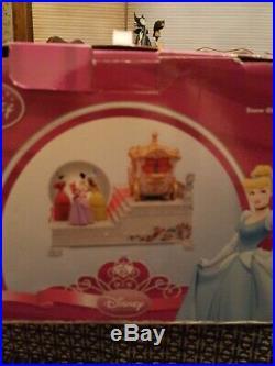 Disney Store Exclusive 60th Anniversary Cinderella Wedding Music Snow globe New