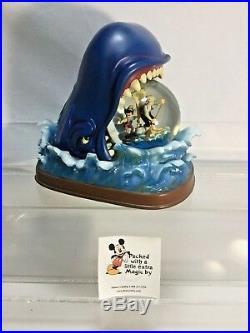Disney Store Original Pinocchio Geppetto Monstro Musical Snow Globe Retired