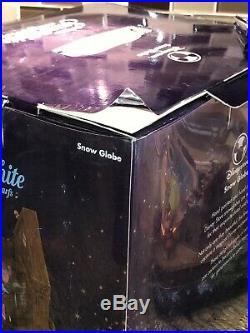 Disney Store Rotating Musical Snow Globe Snow White Seven Dwarfs Original Box