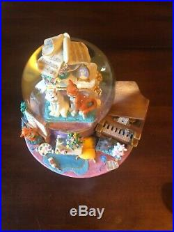 Disney Store The Aristocats Musical Snow Globe