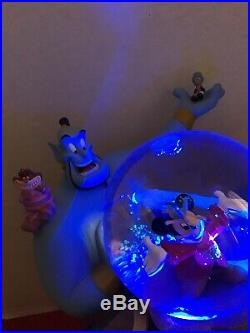 Disney Store Wonderful World Of Disney Friend Like Me Lighted Musical Snow Globe