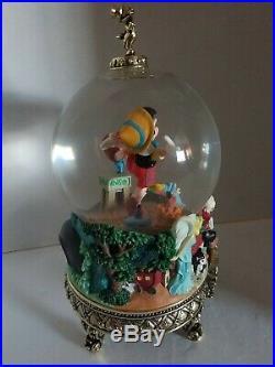 Rare Disney Pinocchio Masters Of Animation Musical Snow Globe Ollie Johnston