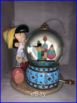 Rare NIB Disney Pinocchio & Figaro Magic Musical Snow Globe Brahm's Waltz JIMMY
