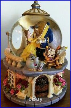 VINTAGE RARE Disney Store Beauty & The Beast Musical Snow Globe Rose Garden 1991