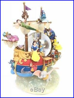 World of Disney Magical Gathering Ship A Whole New World Musical Snow Globe